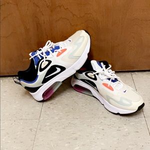 Nike Airmax 200's. I have worn them two times, new